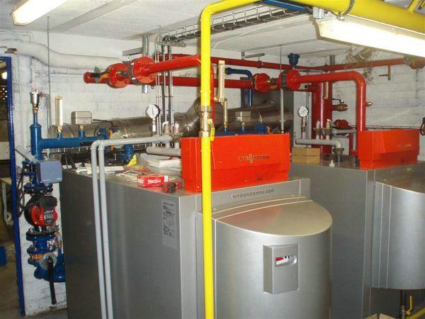 Chauffage-energies-renouvelables-salle-de-bains-sur-mesure-Gabriel-Jeannot_chauffage-ecologique-haut-rendement-6_1317629768 (1)