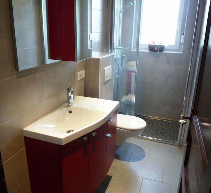 Chauffage-energies-renouvelables-salle-de-bains-sur-mesure-Gabriel-Jeannot_salle-de-bain003_1317754285 (1)