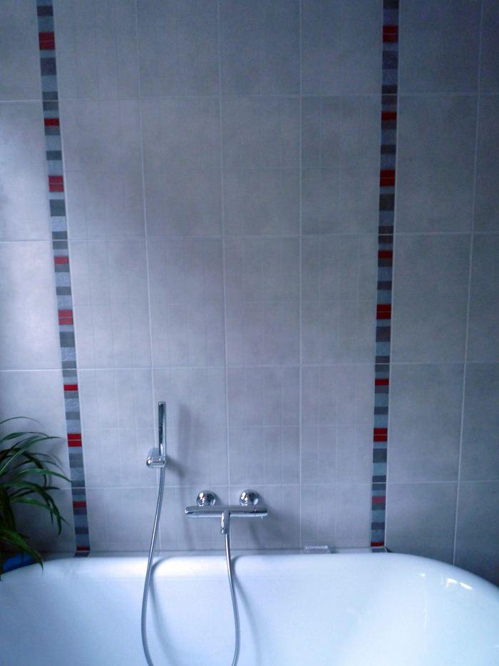 Chauffage-energies-renouvelables-salle-de-bains-sur-mesure-Gabriel-Jeannot_salle-de-bain008_1317754540