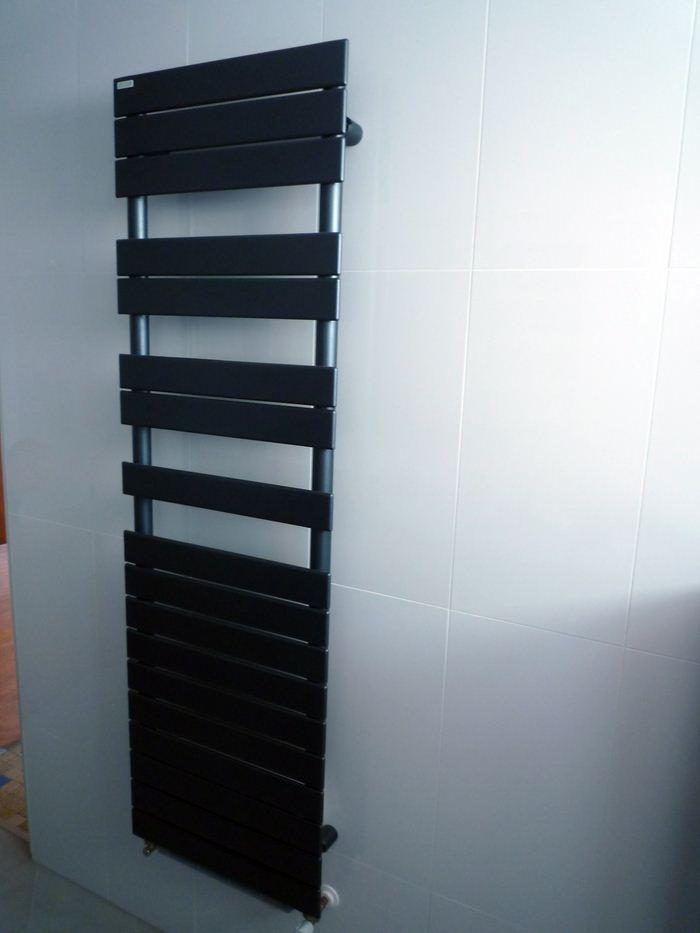 Chauffage-energies-renouvelables-salle-de-bains-sur-mesure-Gabriel-Jeannot_salle-de-bain009_1317754631