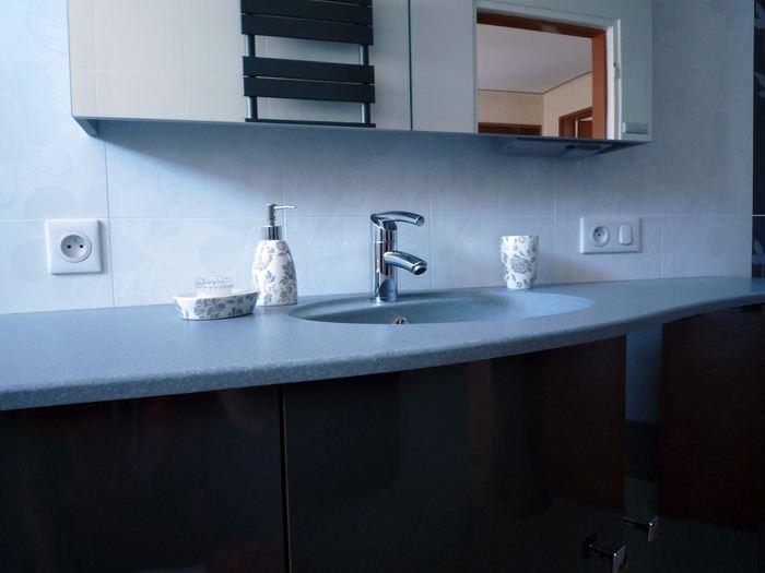 Chauffage-energies-renouvelables-salle-de-bains-sur-mesure-Gabriel-Jeannot_salle-de-bain016_1317754626