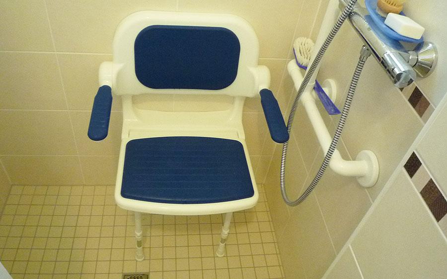 douche-PMR-personne mobilité reduite-11