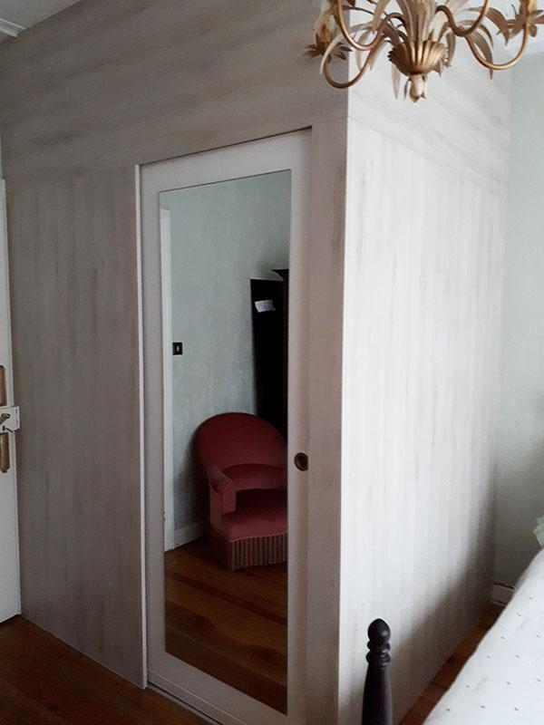 salle-de-bains-dans-chambre-a-coucher-1